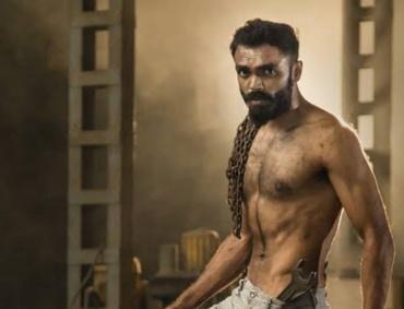 Virat Makade in Kesari Movie on Eros Now